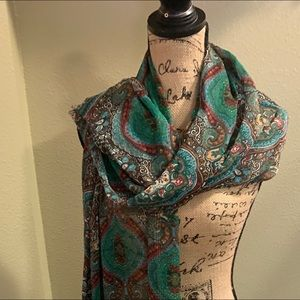 EX Large 108 long & 36 wide Paisley  scarf NWOT
